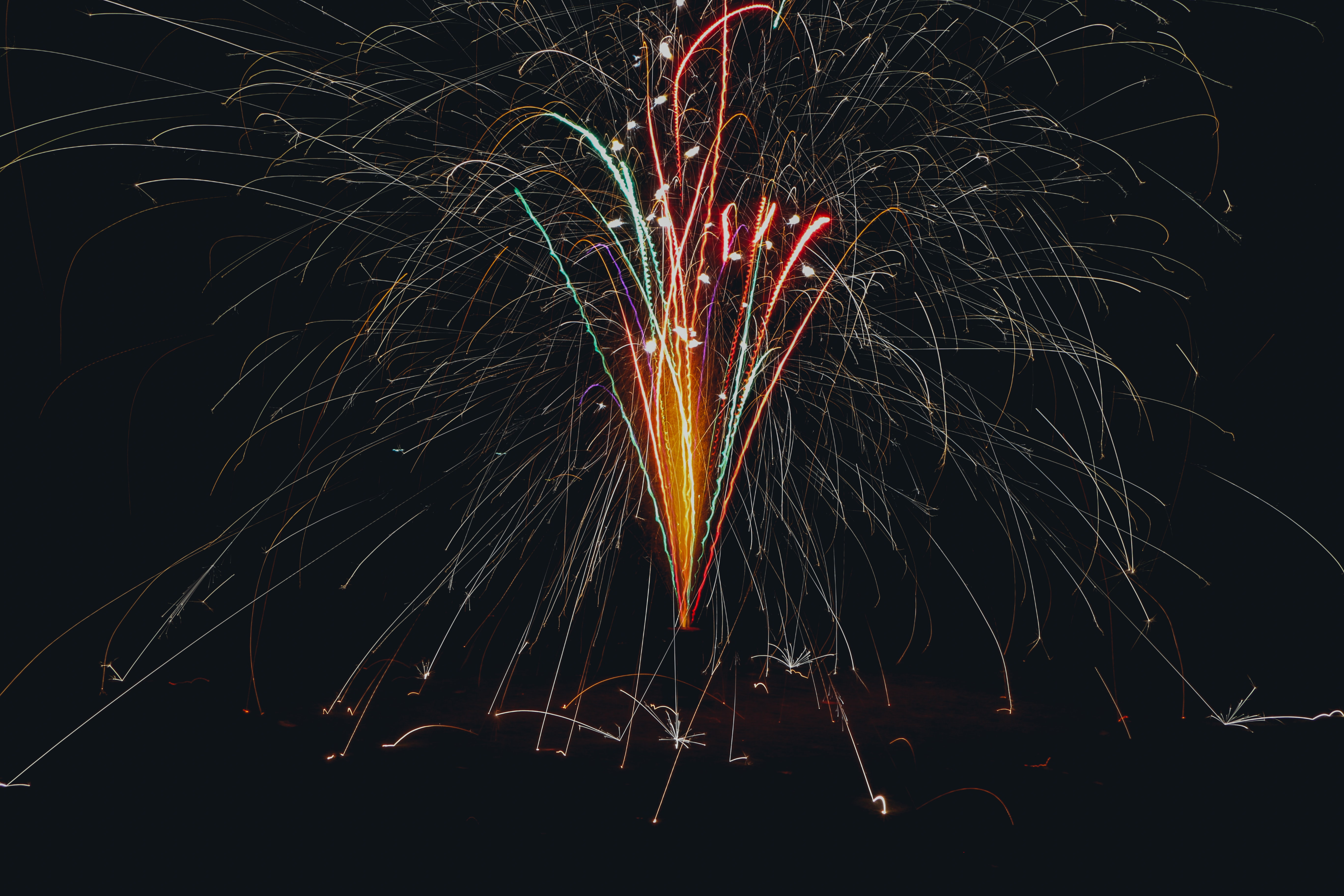 firecrackers photo during nighttime