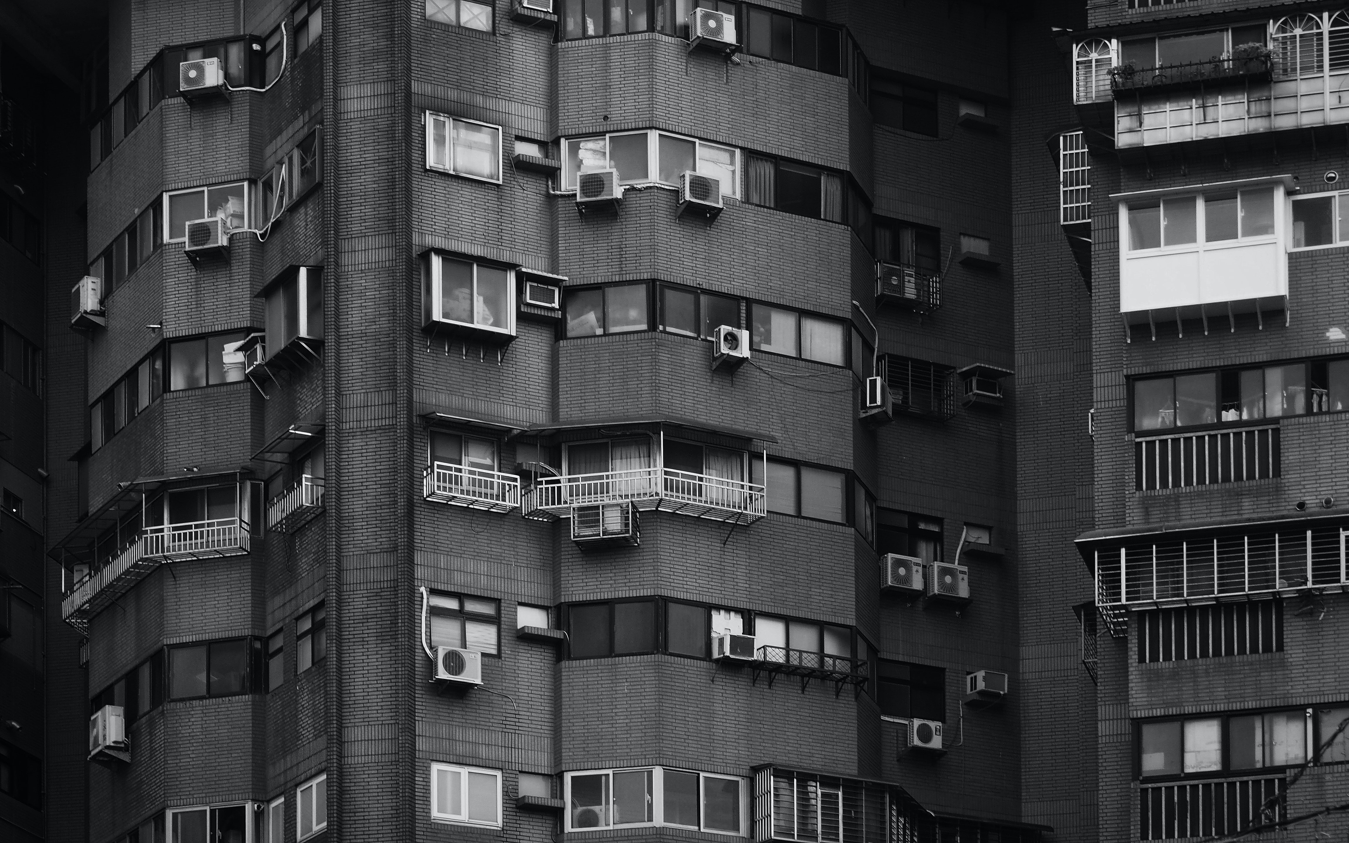 grayscale of high-rise building