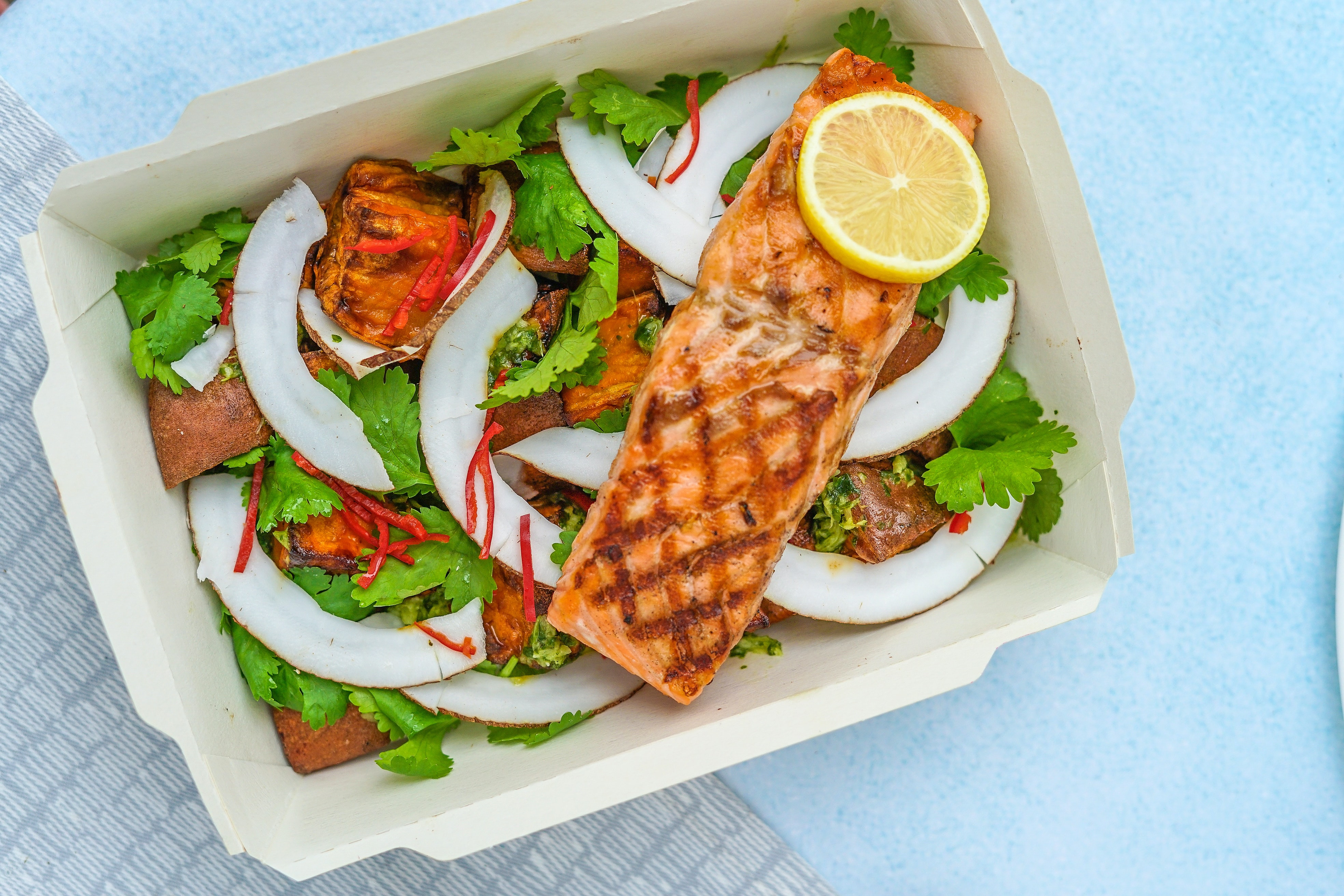 vegetable salad with grilled salmon
