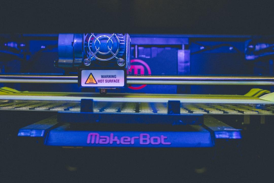 3DプリンタでPLAを印刷すると定着せず浮いて反れる問題