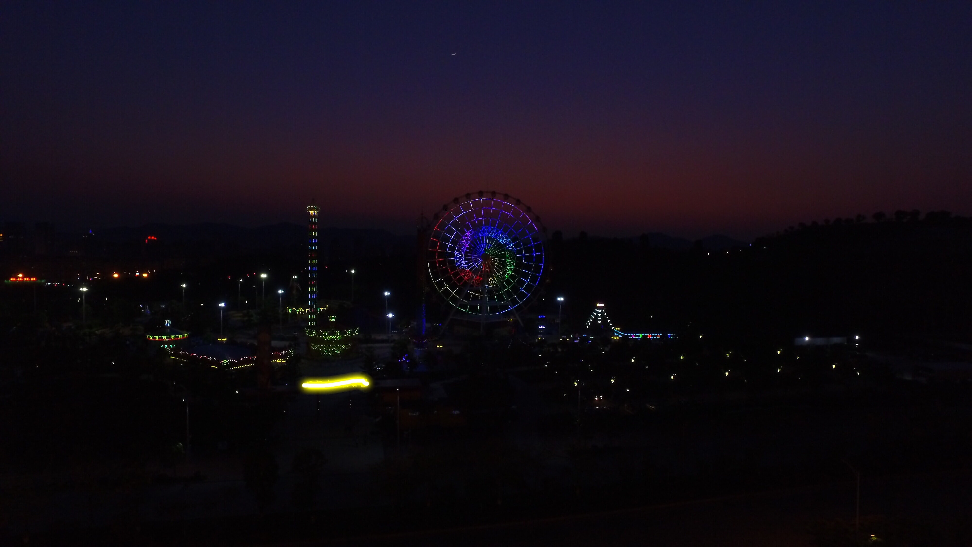 silhouette photograph of Ferris Wheel