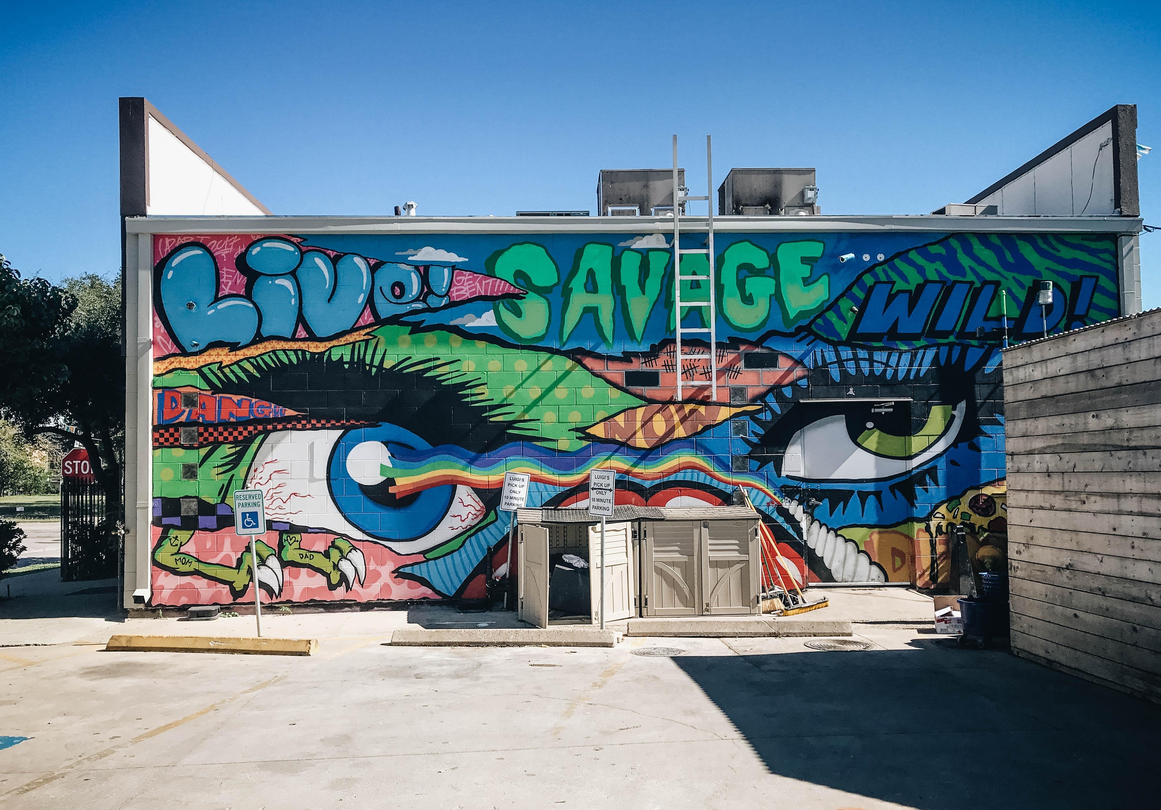 building with multi-colored graffiti
