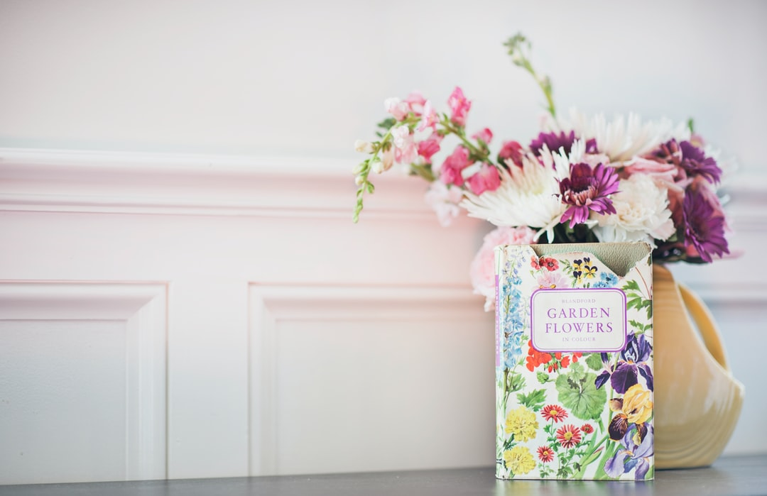 Blandford's Garden Flowers in Colour