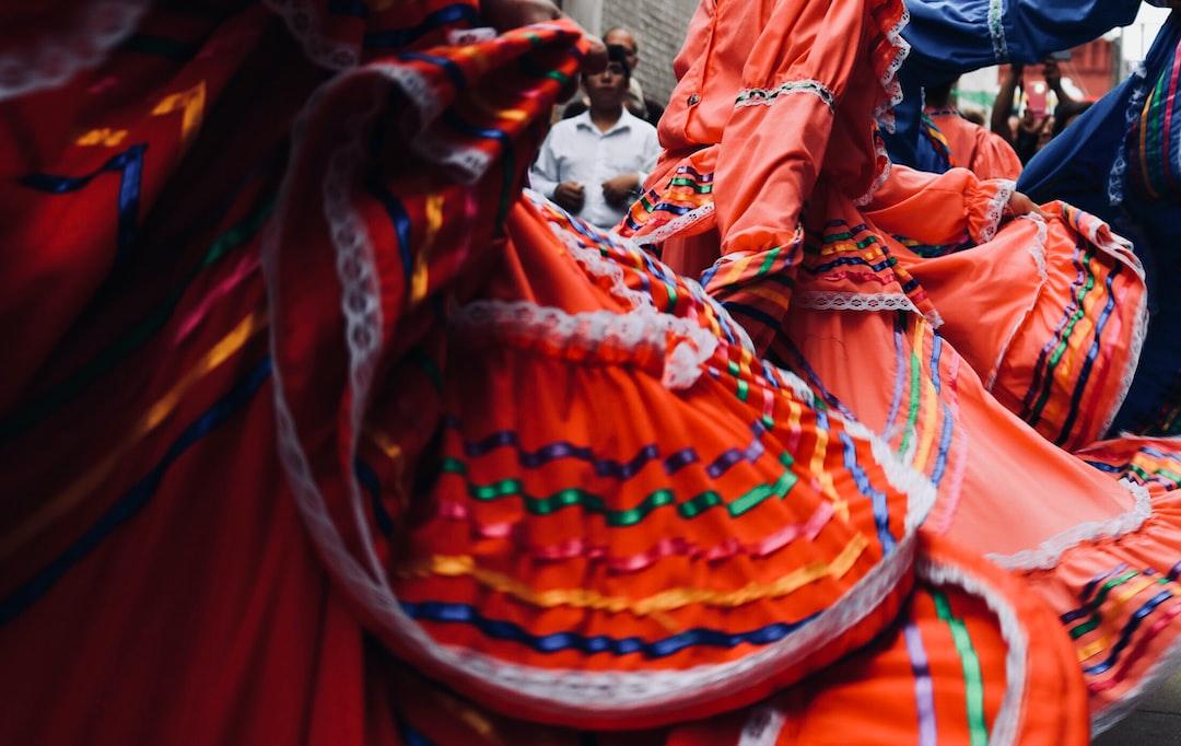 Hispanos, Iberos y Latinos