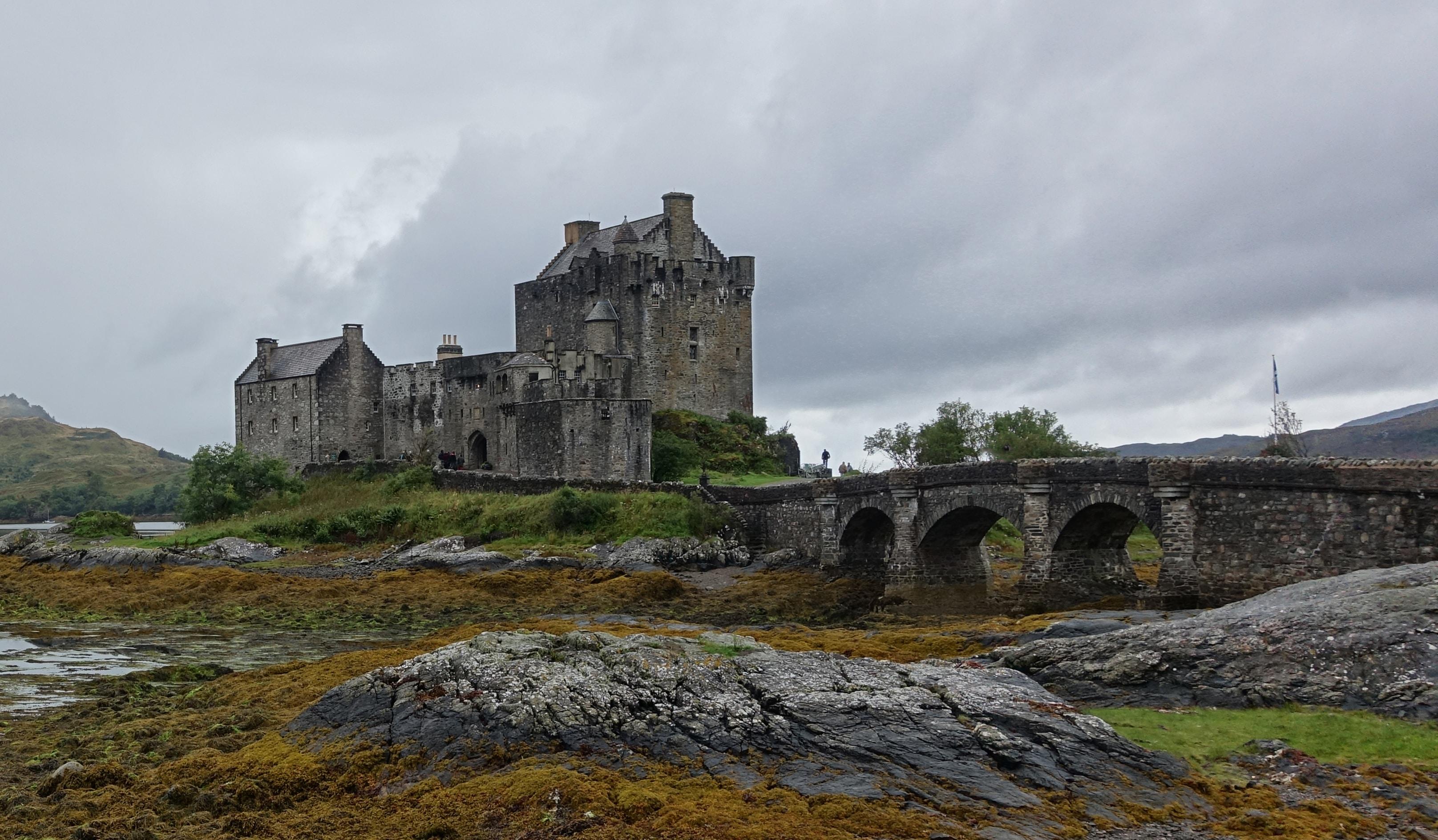 Haunted castle stories
