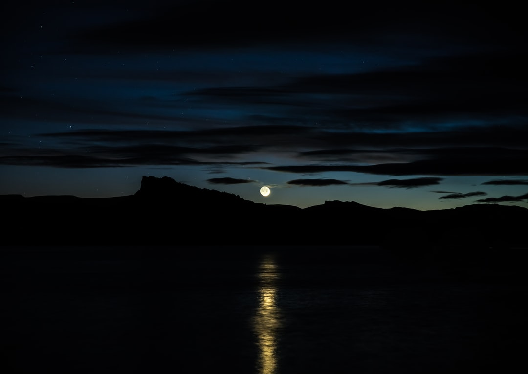 Patrick Hendry - Goodnight Moon