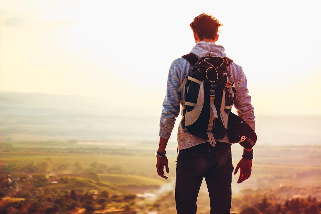 Bangkitkan Gelora Petualangan dengan Buku Traveling Pilihan!