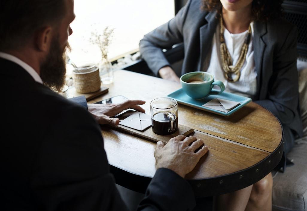 在「聽」與「說」之間—溝通專家沒告訴你的聊天訣竅|失戀花園