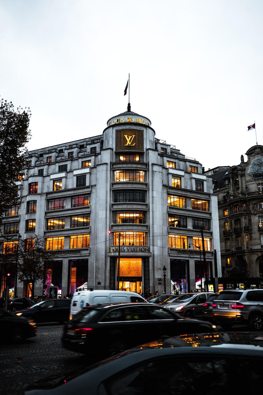 photo of Louis Vuitton building