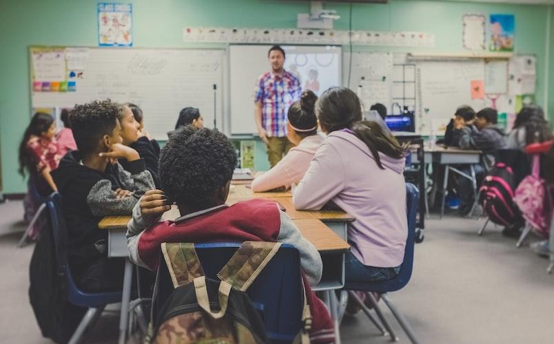 Des élèves en classe.   Photo : Unsplash