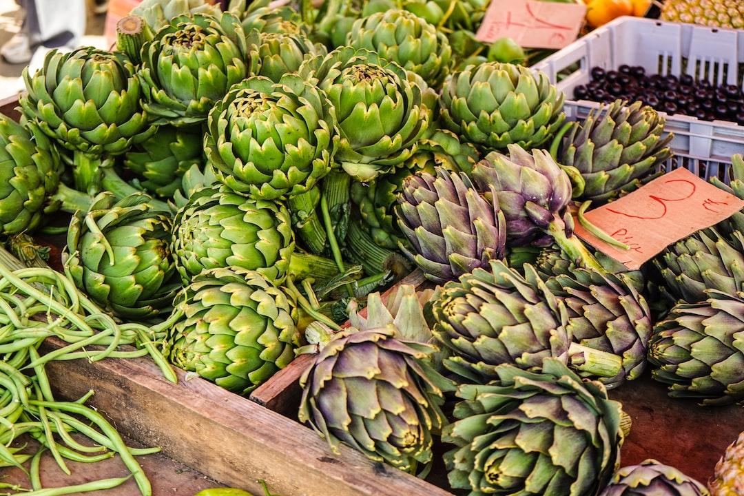 Artichokes - Creole food market on Reunion Island