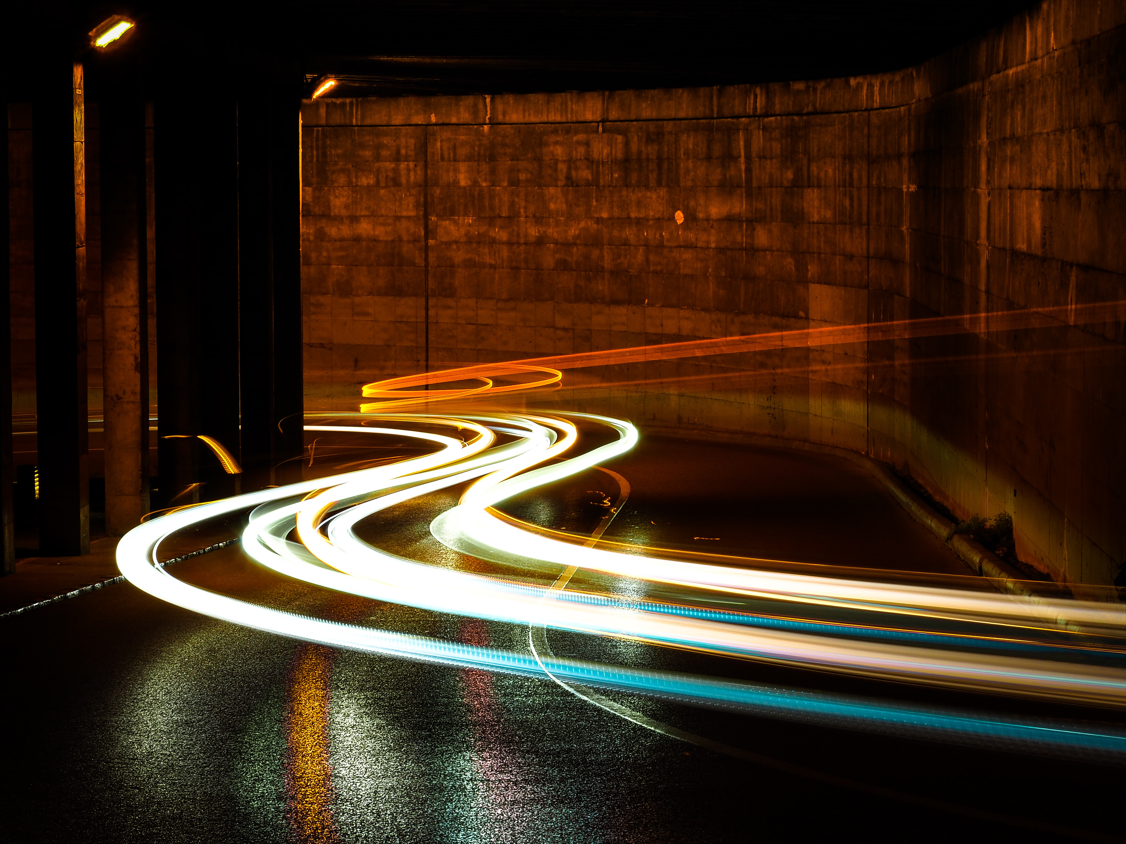 time-lapsed of street lights