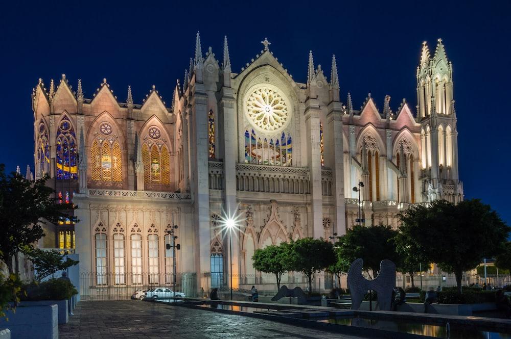 Mexico Leon Templo Expiatorio Del Sagrado Corazon De Jesus And