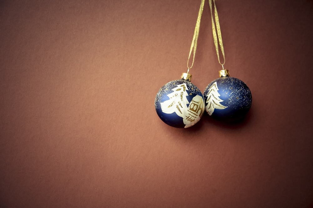 two blue pendants