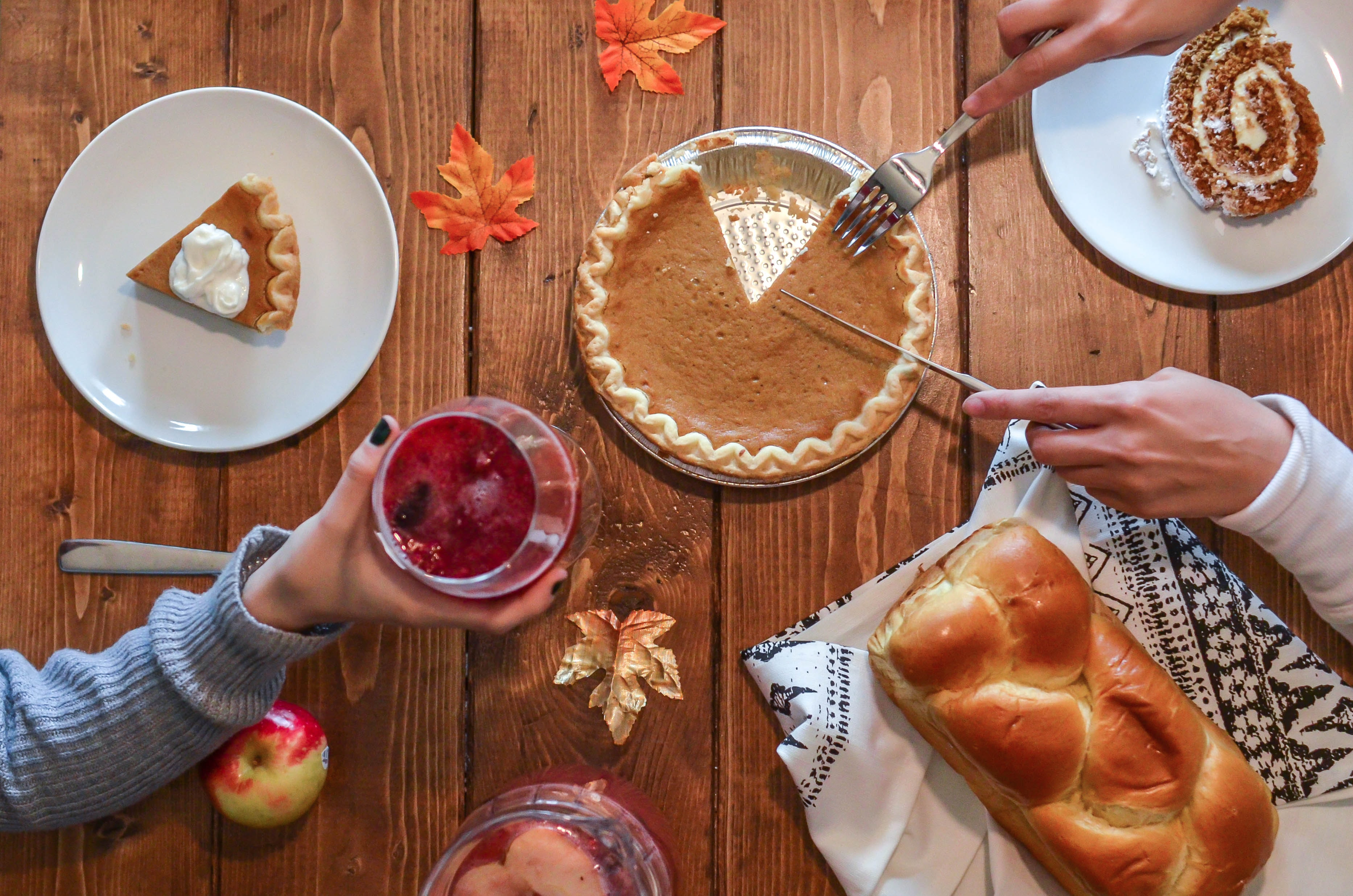 Thanksgiving brings together some of my favorite things...food, family, food, and more food!