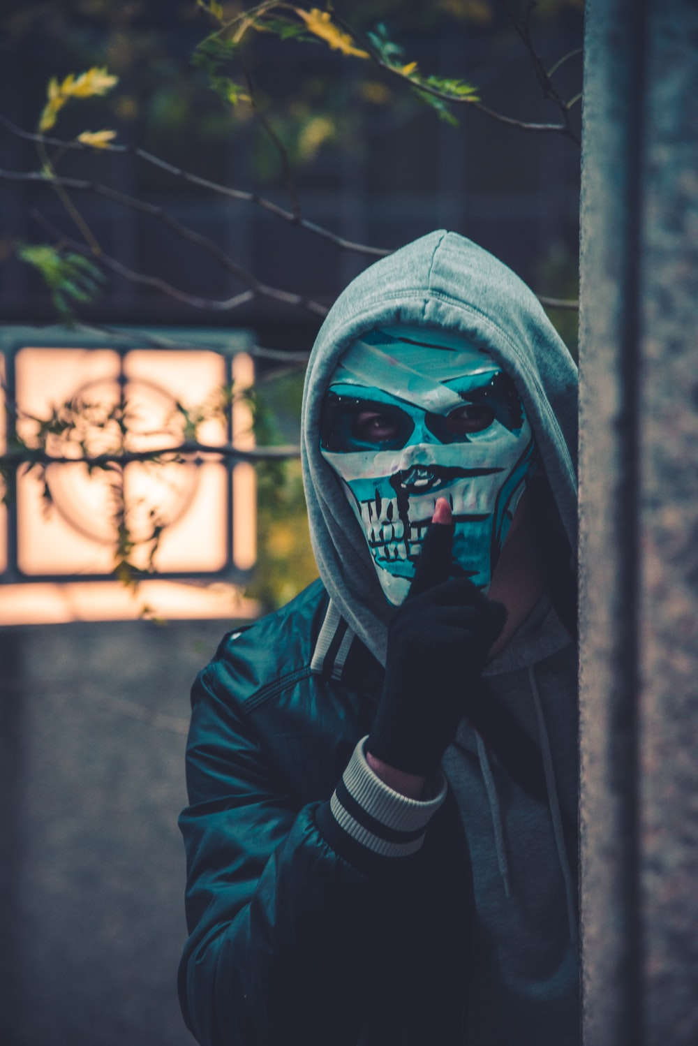 100+ mask pictures | download free images & stock photos on unsplash