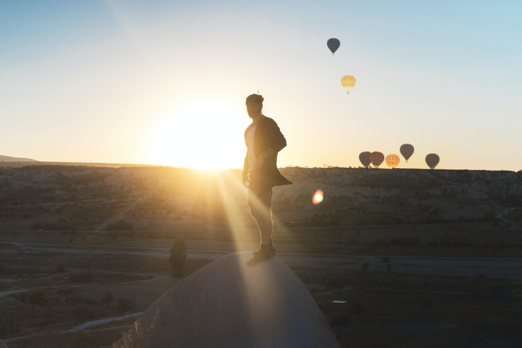 Experience your own magical hot air balloon travel! Source: Unsplash