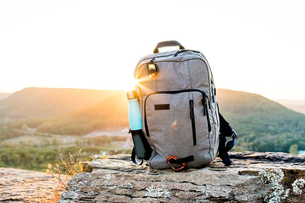 194ca26ba73 27+ Backpack Pictures | Download Free Images on Unsplash