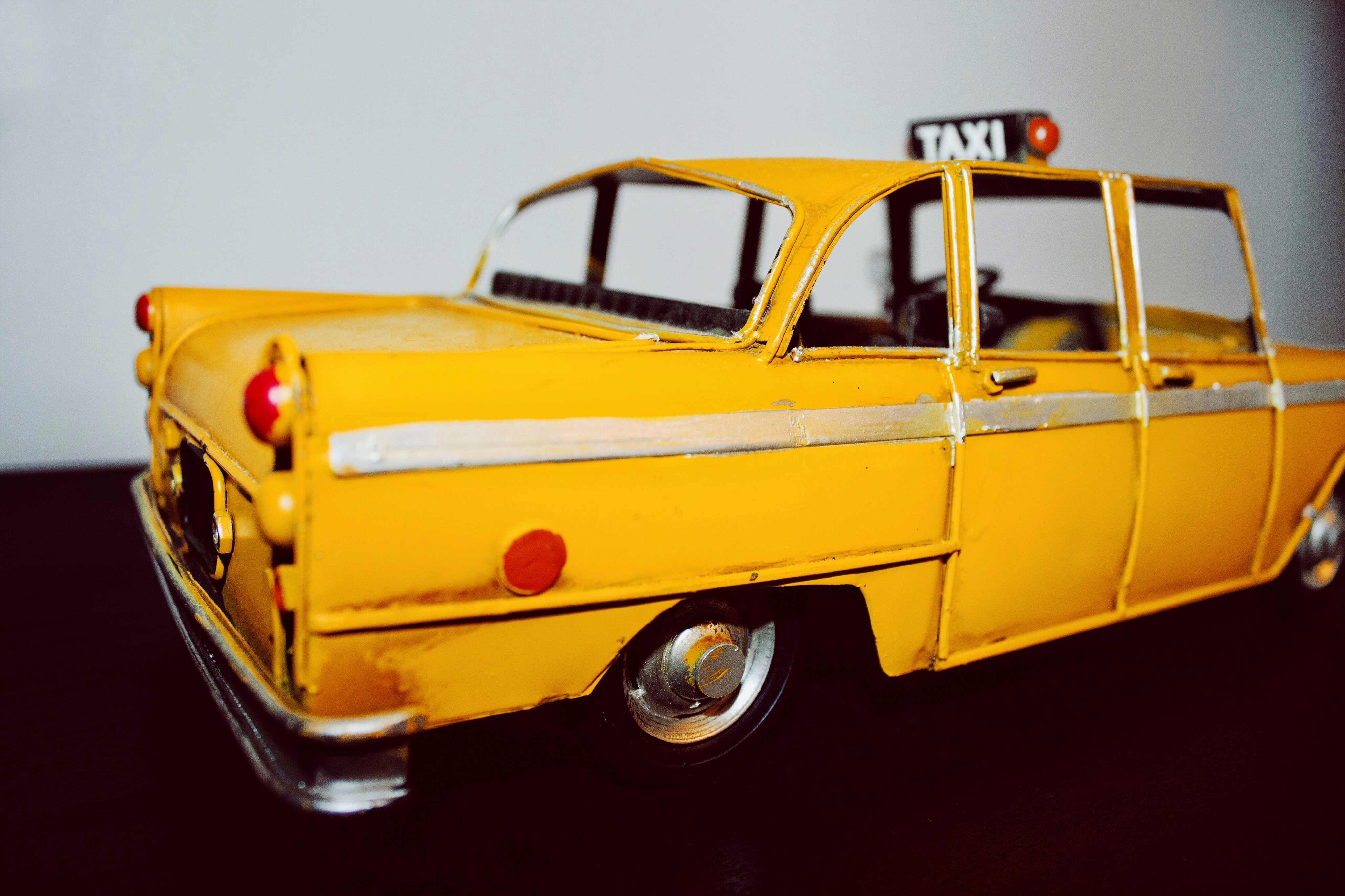 yellow taxi scale model