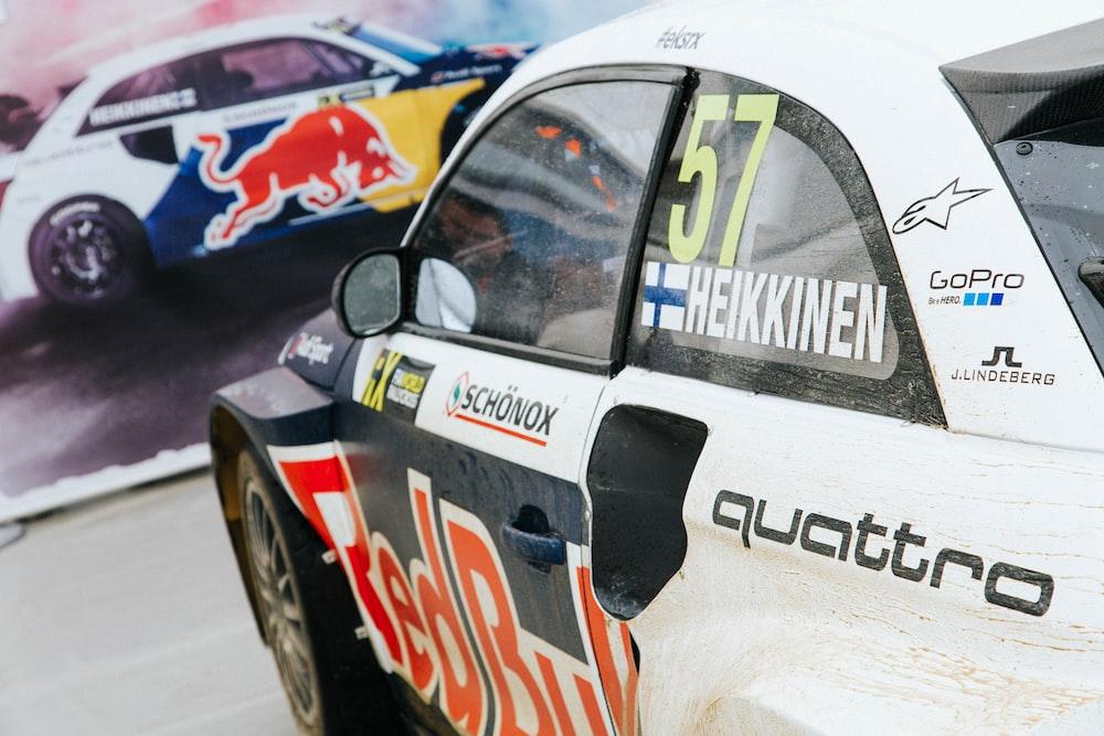 white racing vehicle photo