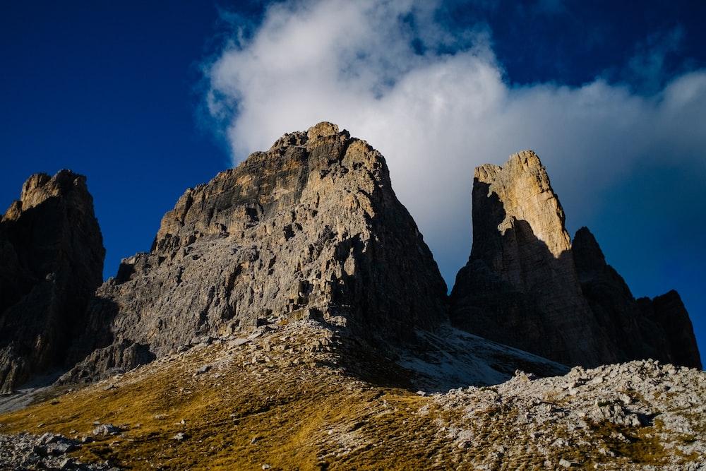 mountain under blue sky