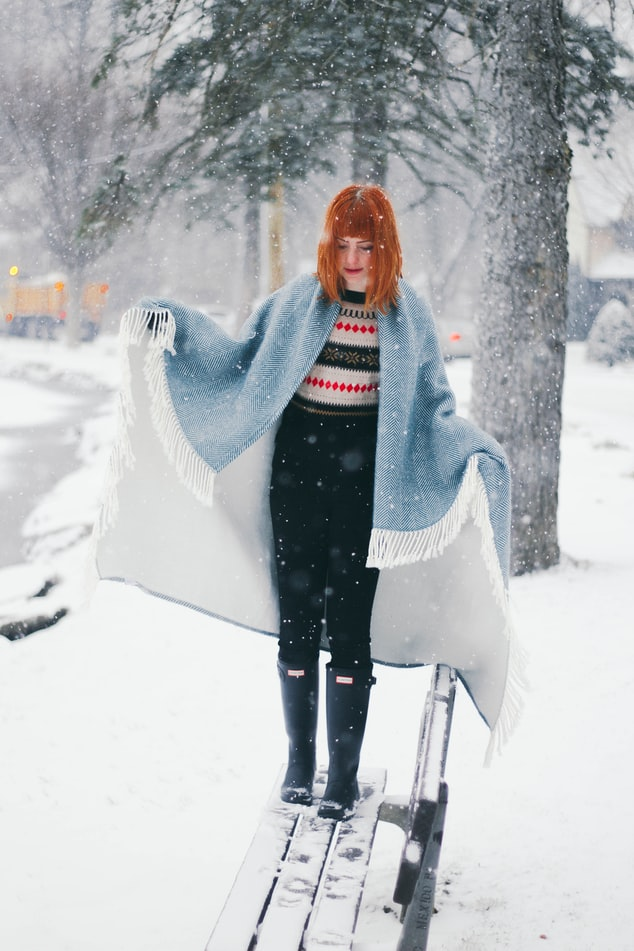 DIY Winter Cape | 9 Easy Beginner Sewing Patterns You Can Do This Winter