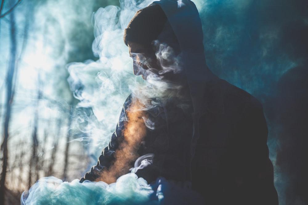 closeup photography of man smoking