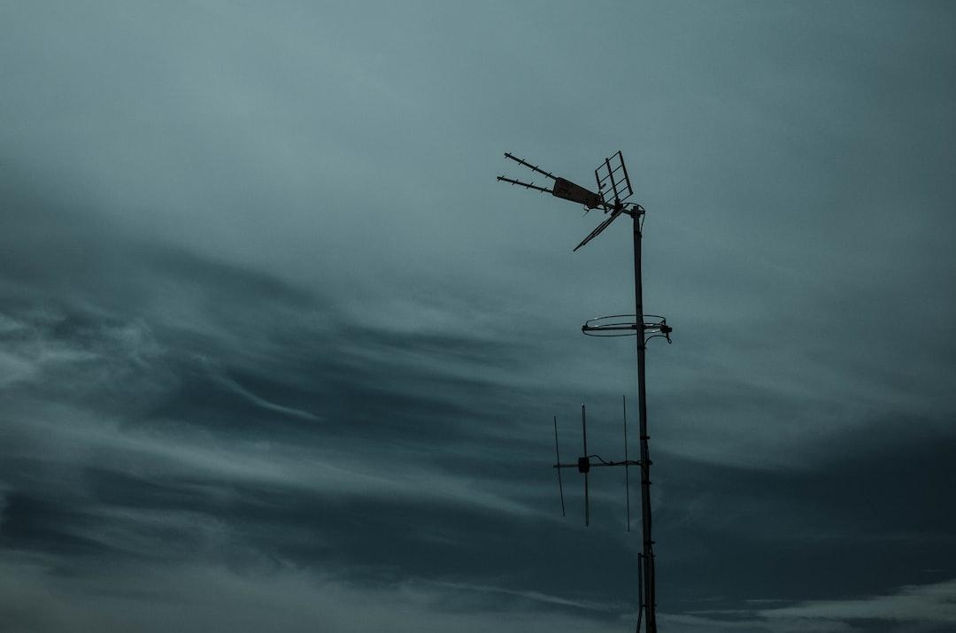 photography of black antenna during daytijme