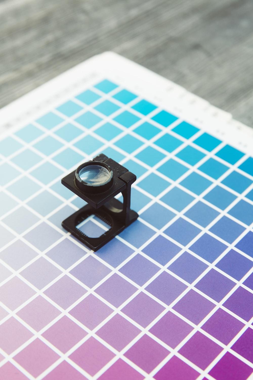 close-up photo of black camera lens