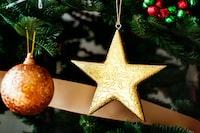 gold star tree ornament