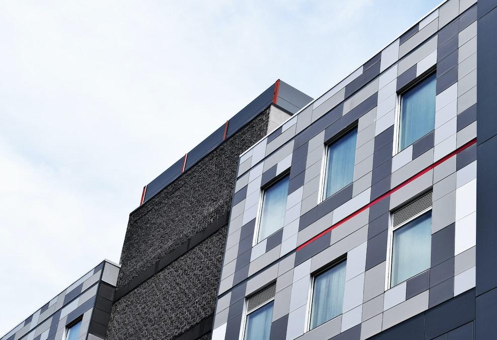 high-angle photo of building