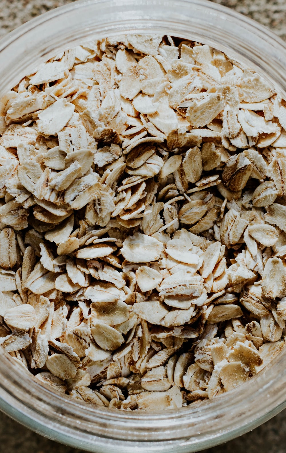 oats in bowl breakfast