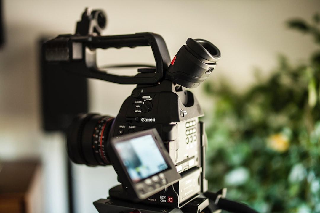 Canon C100 MKII with Rokinon Lens