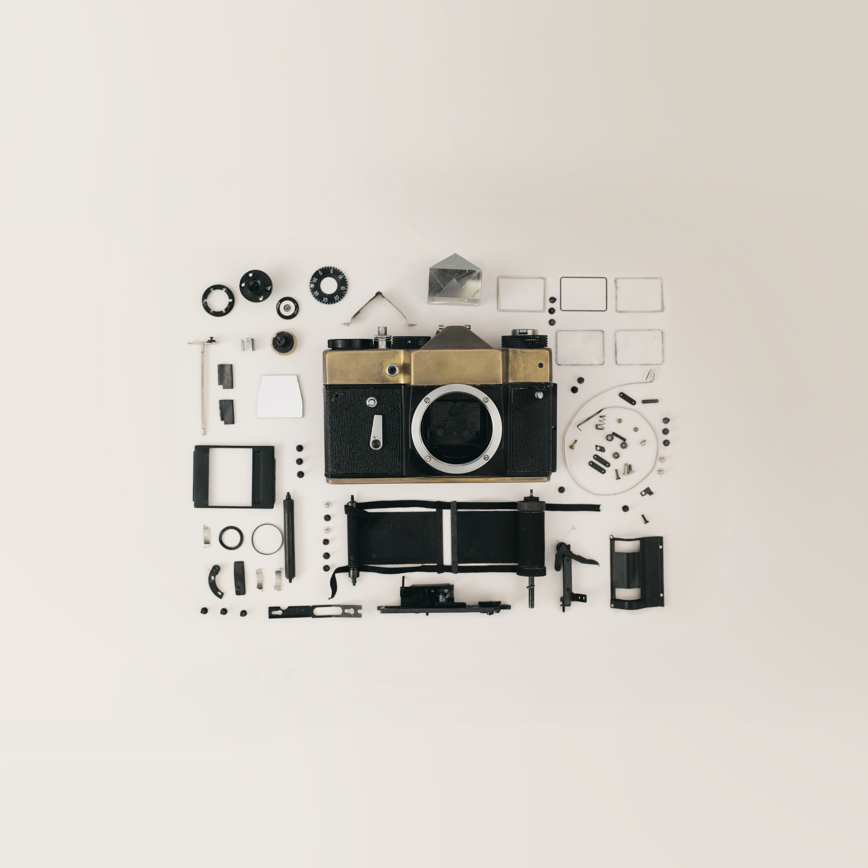 black and gray camera kit