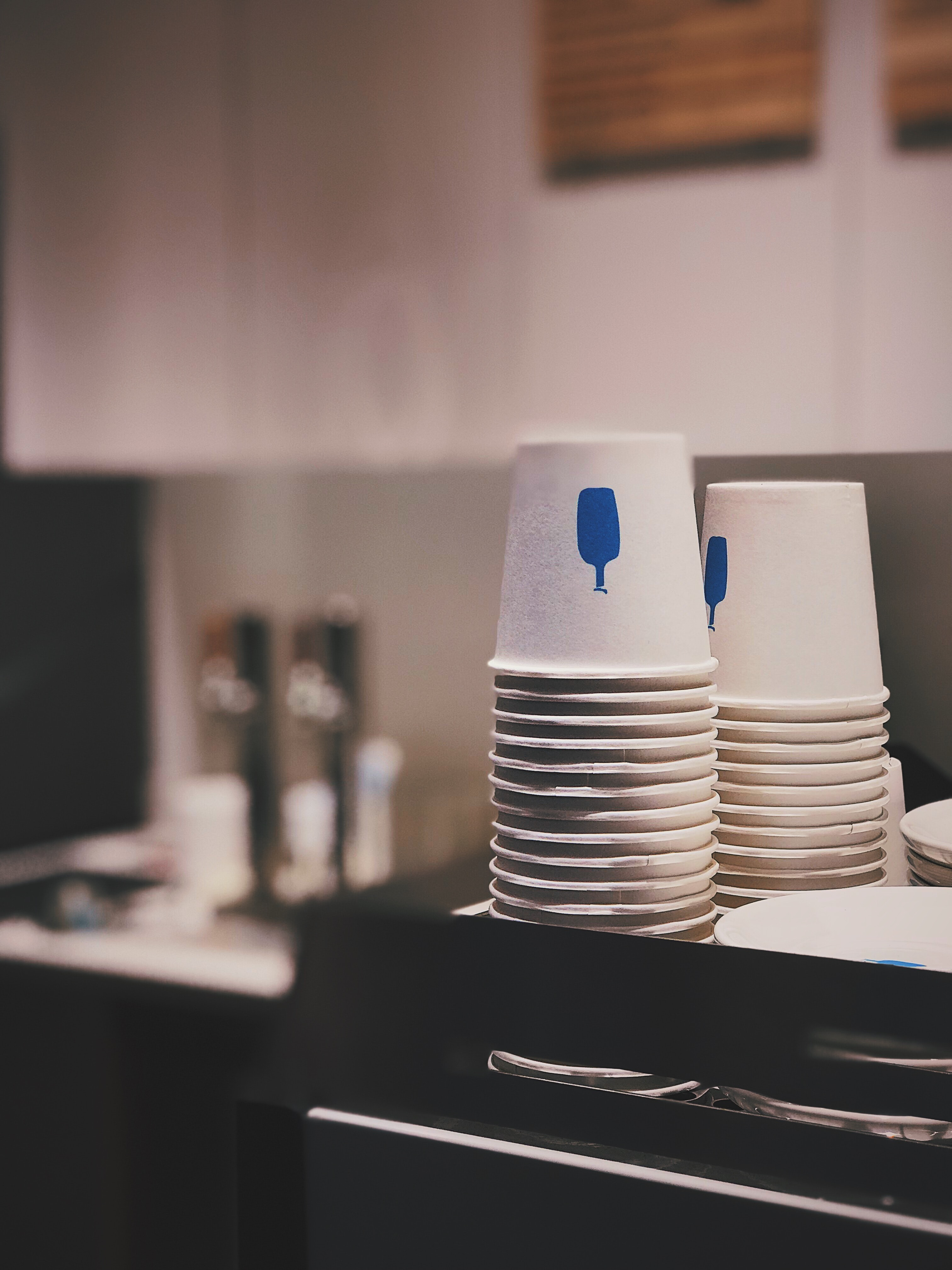 white disposable cups