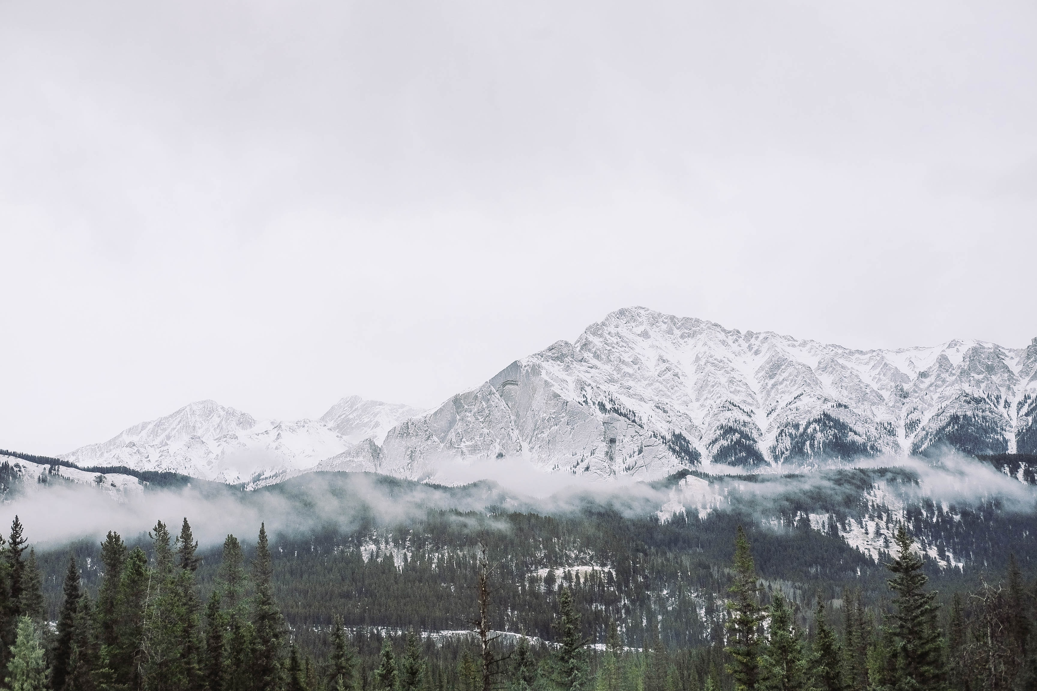 landscape photo of snowy mountain