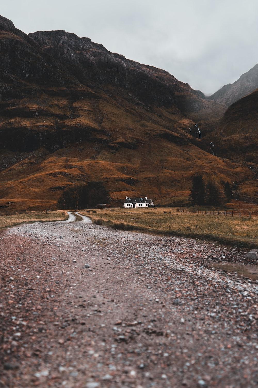 road leading house on hillside