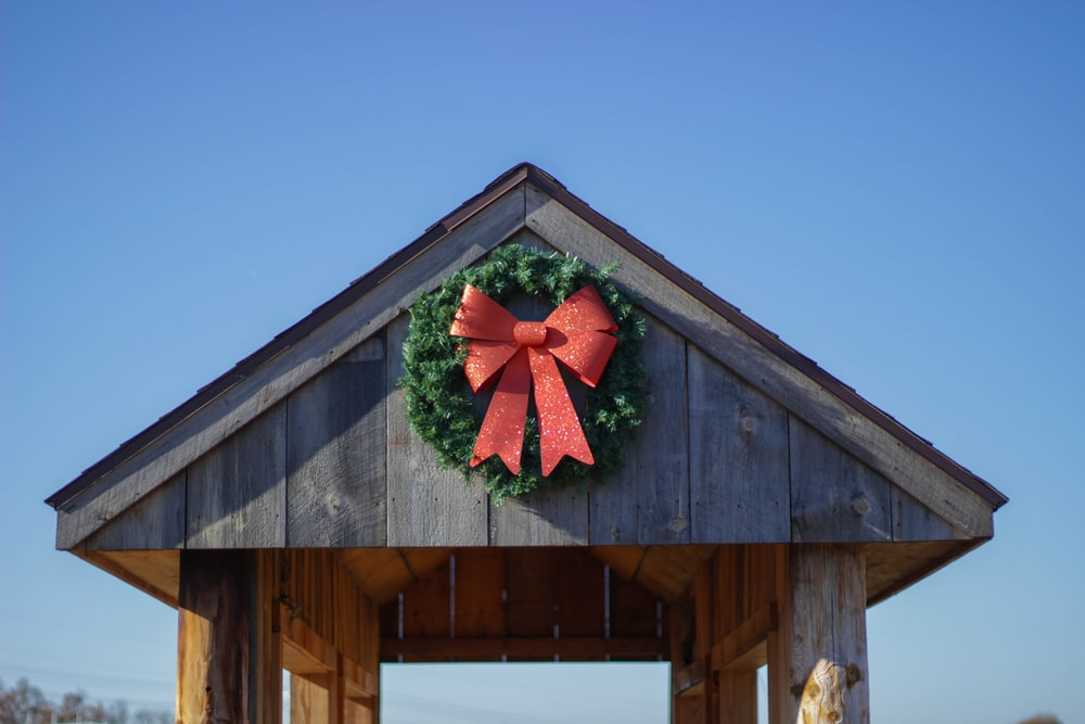 photo of red and green ribbon wreath
