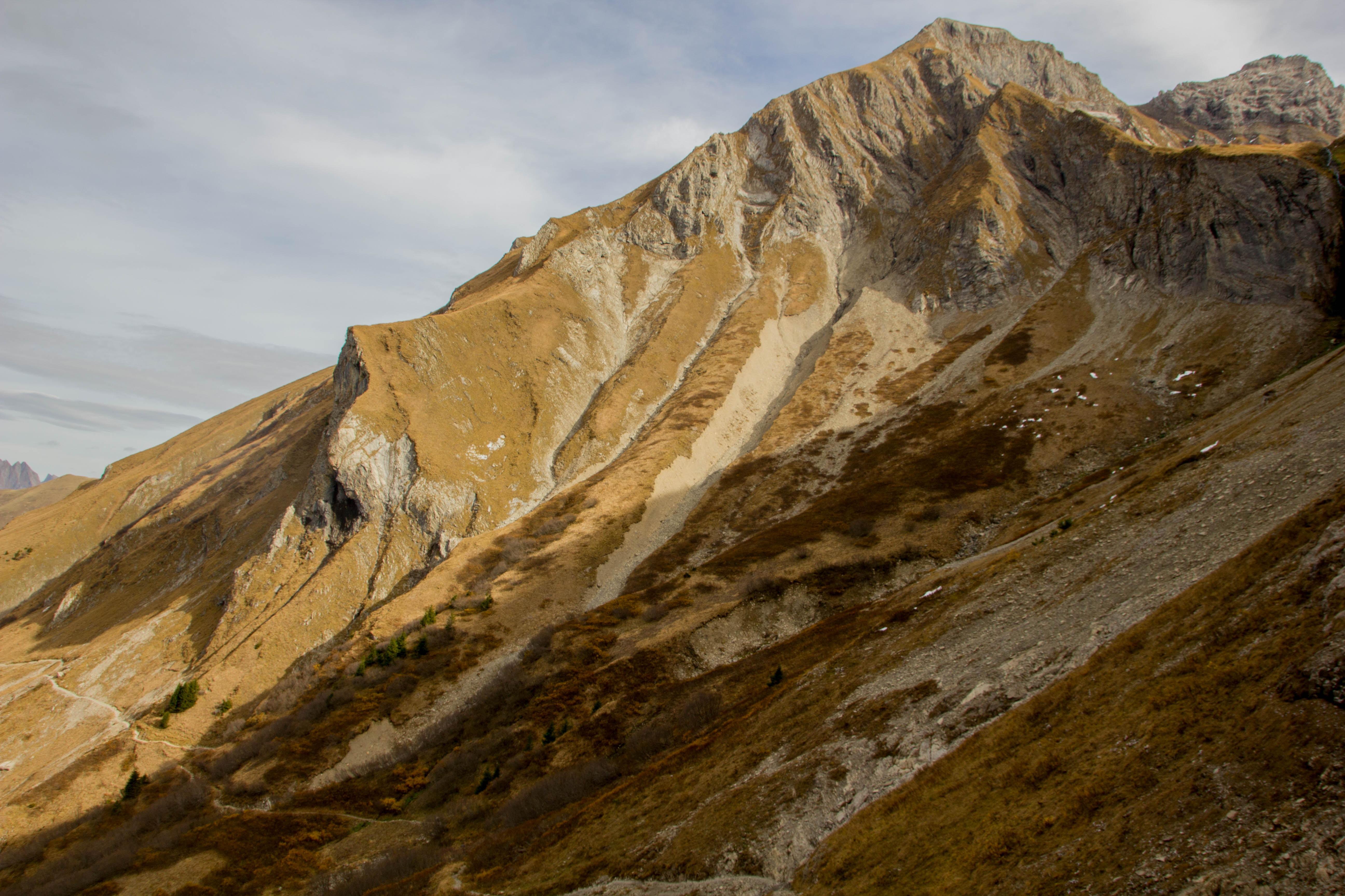 brown rock mountain at daytime