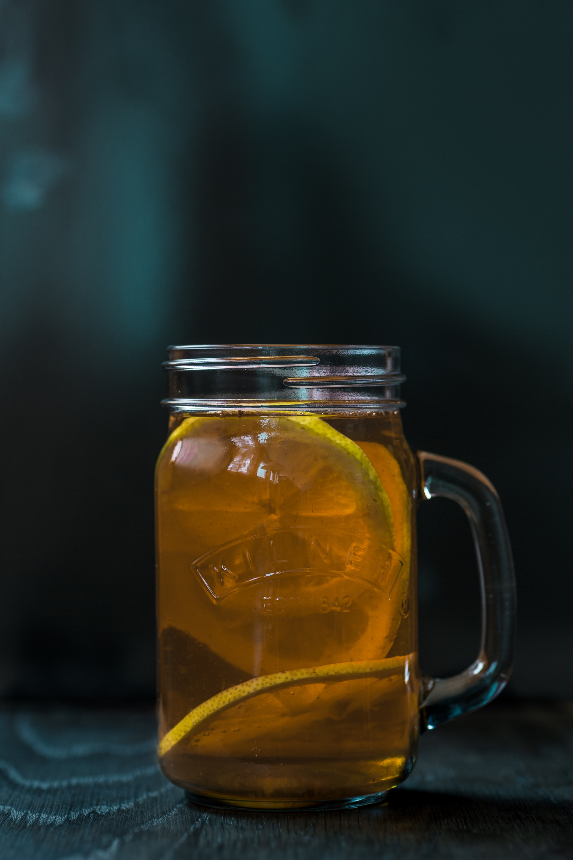 lemon juice in mason jar