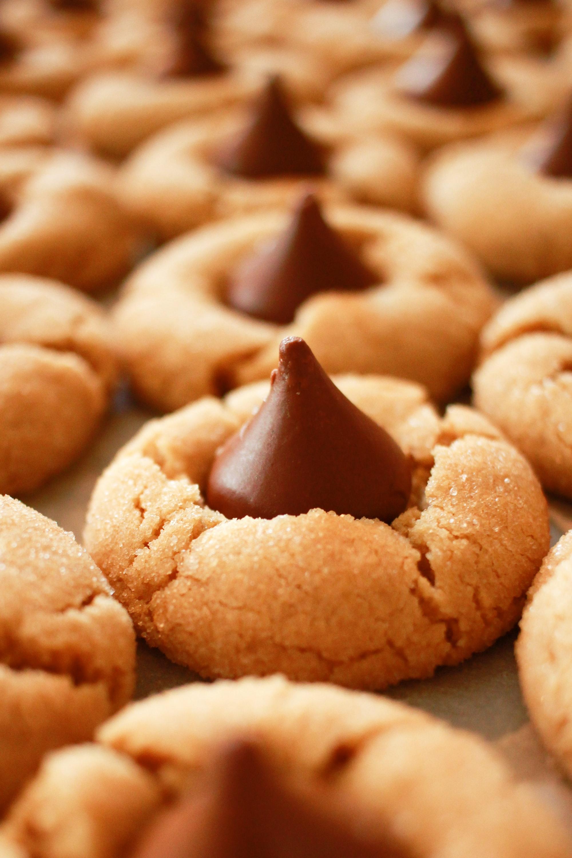 Peaut Butter Hershey Kiss Cookies