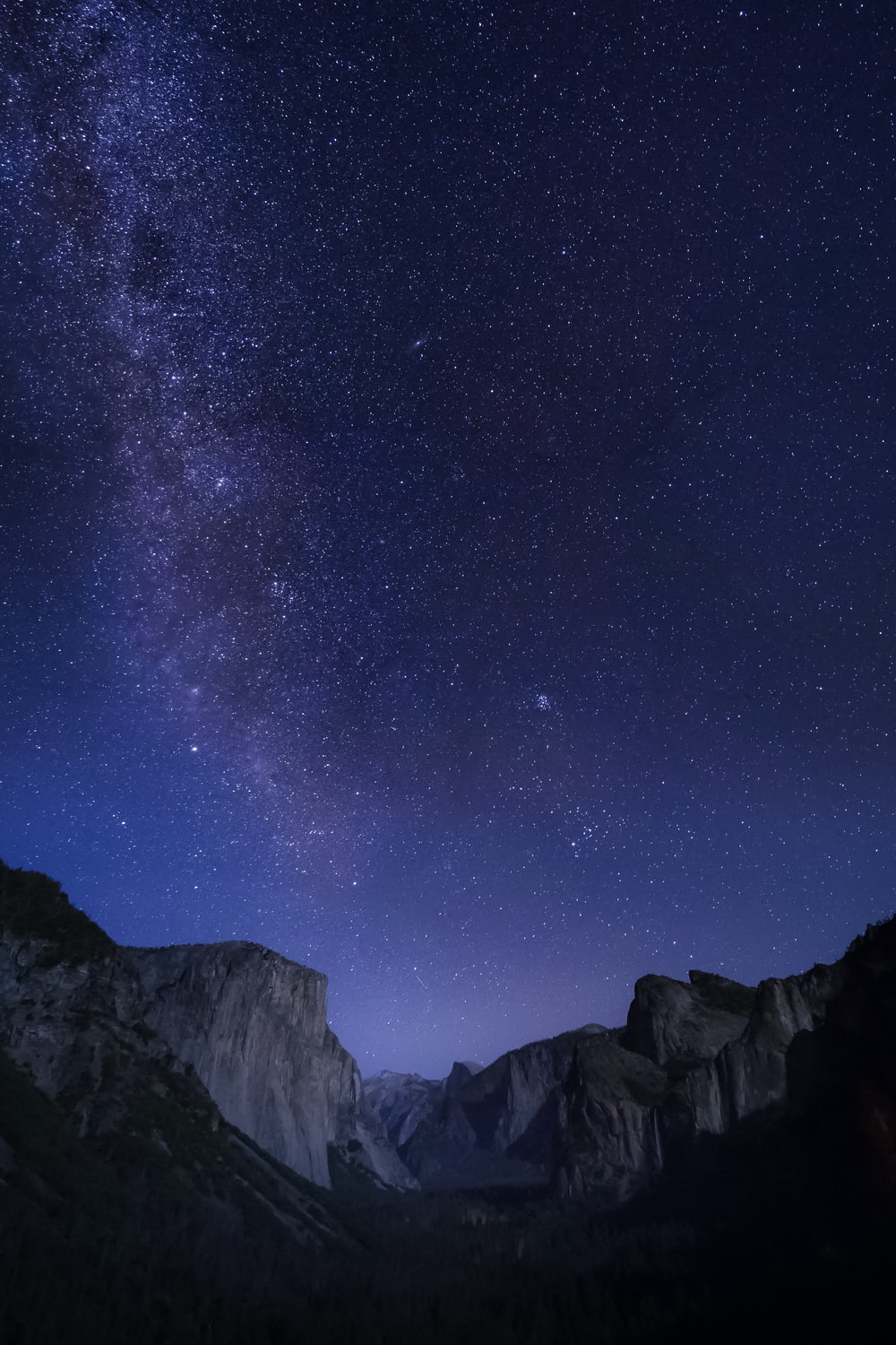 photograph of milky way