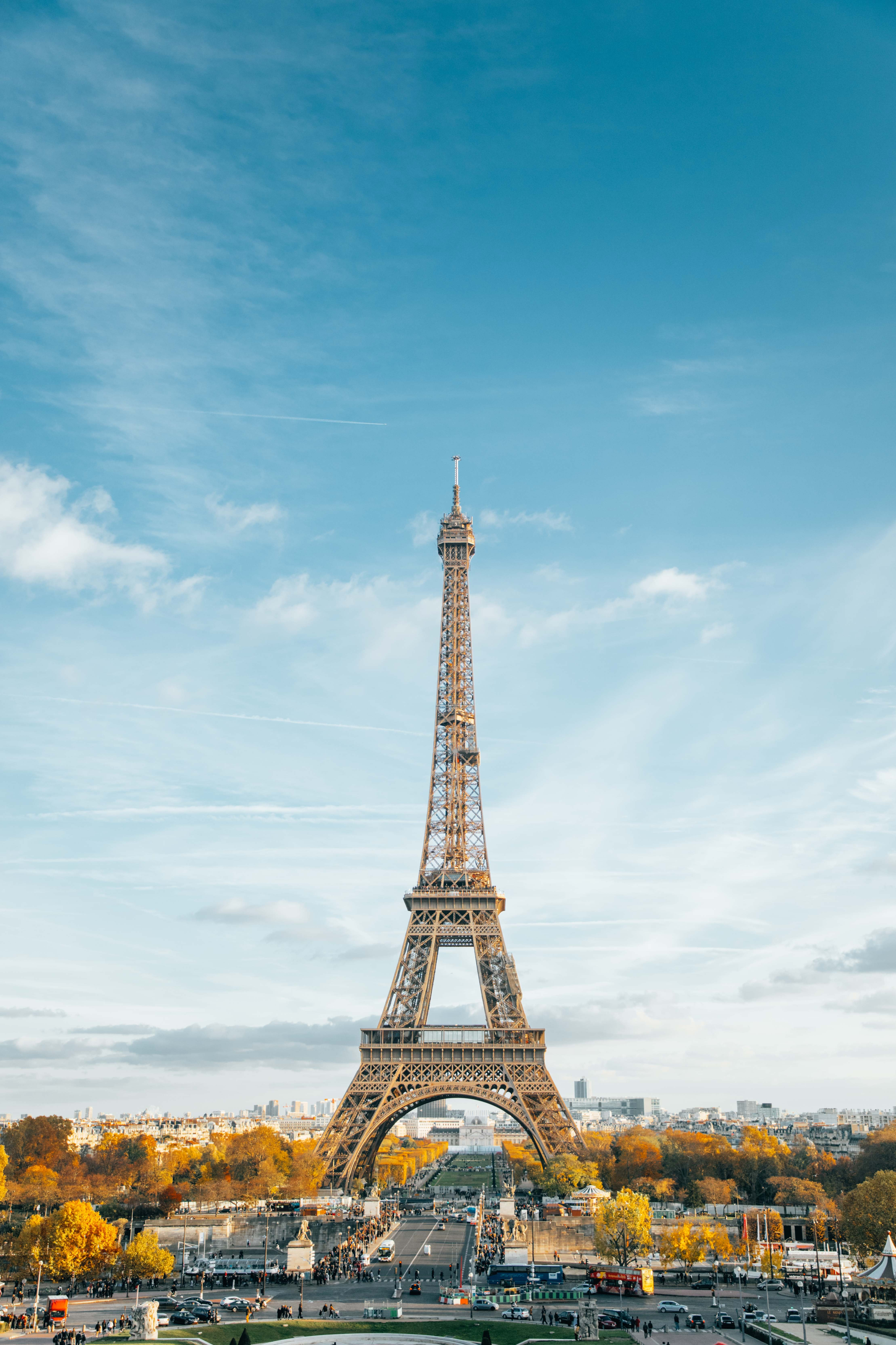 Eiffel tower during daytime