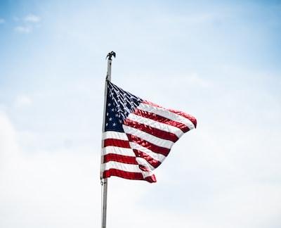 アメリカ国旗と空の画像検索結果