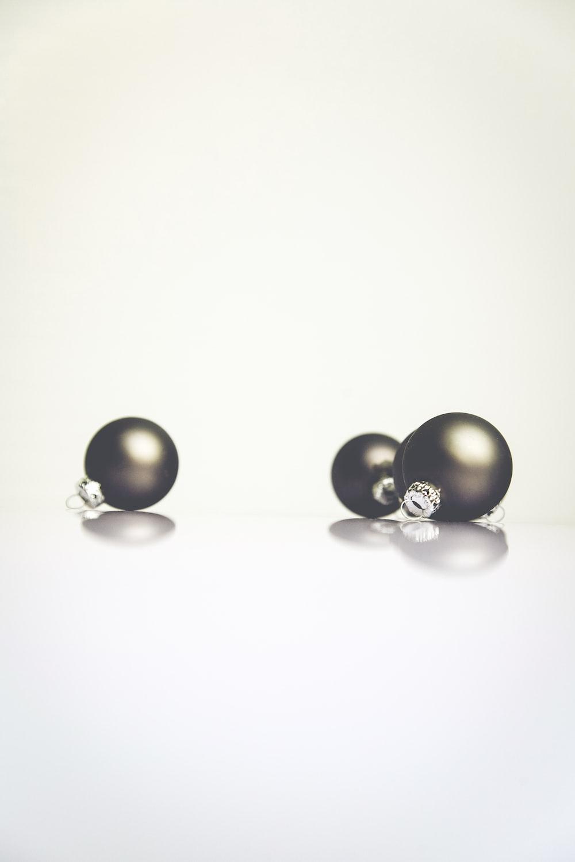 round black earrings