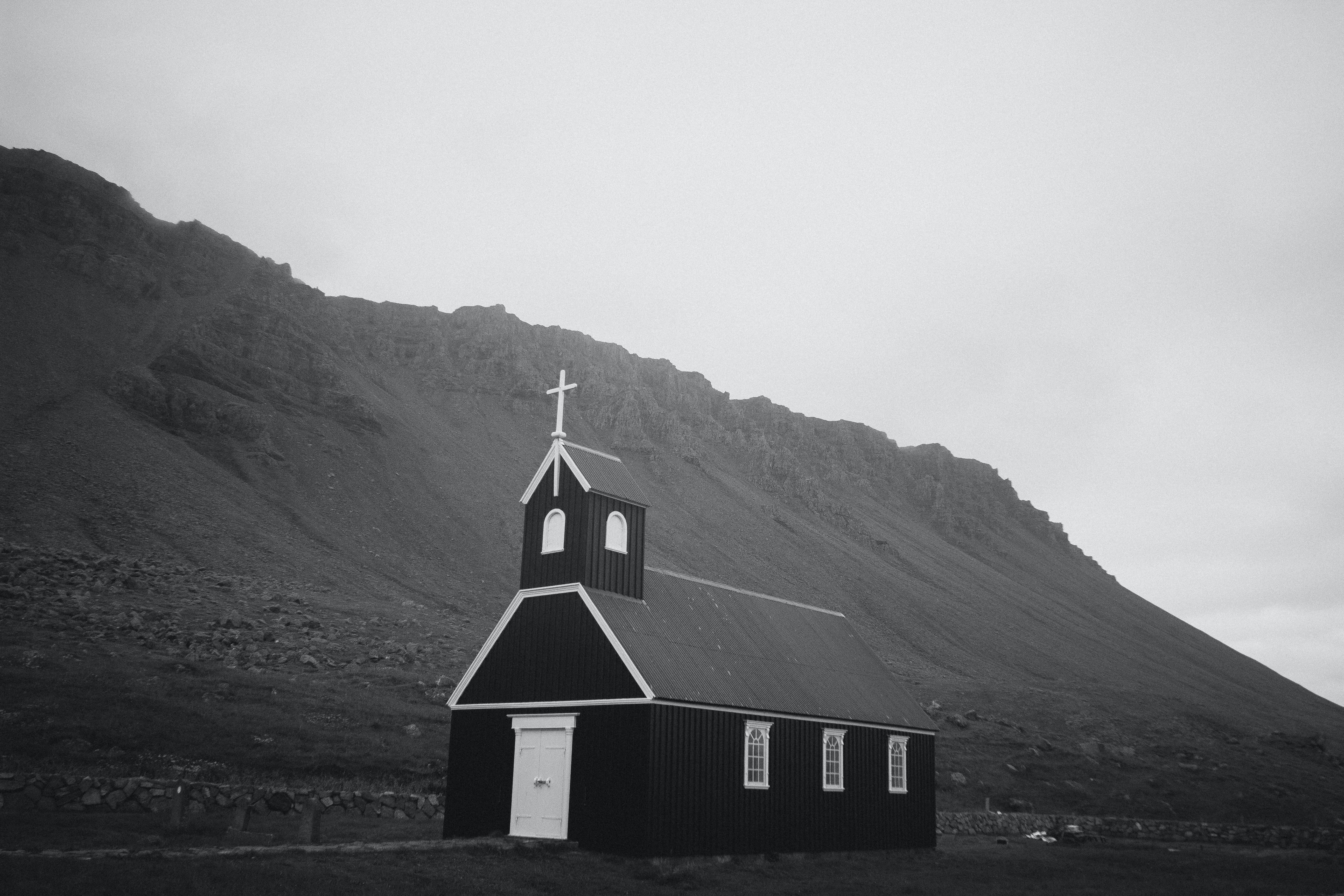 cathedral at bottom of mountain