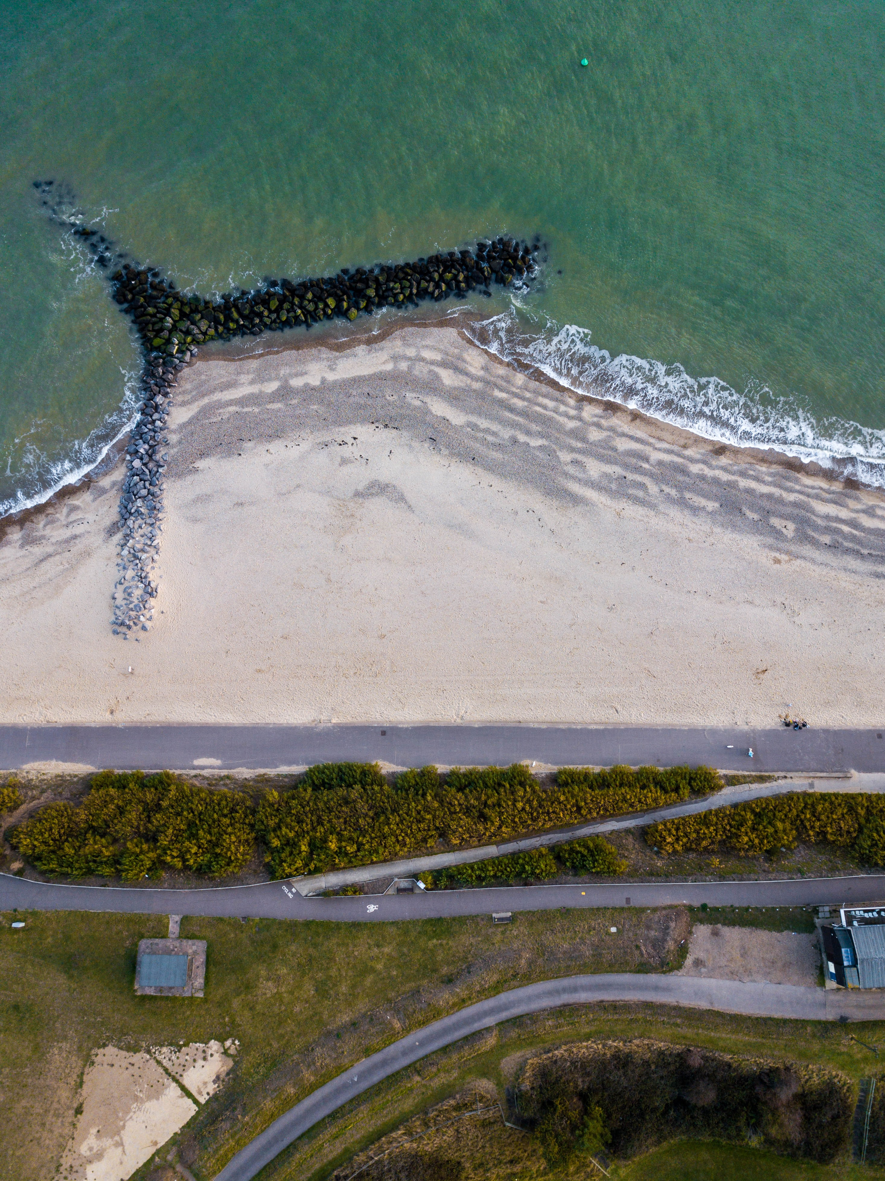 aerial view photography of beachfront during daytime
