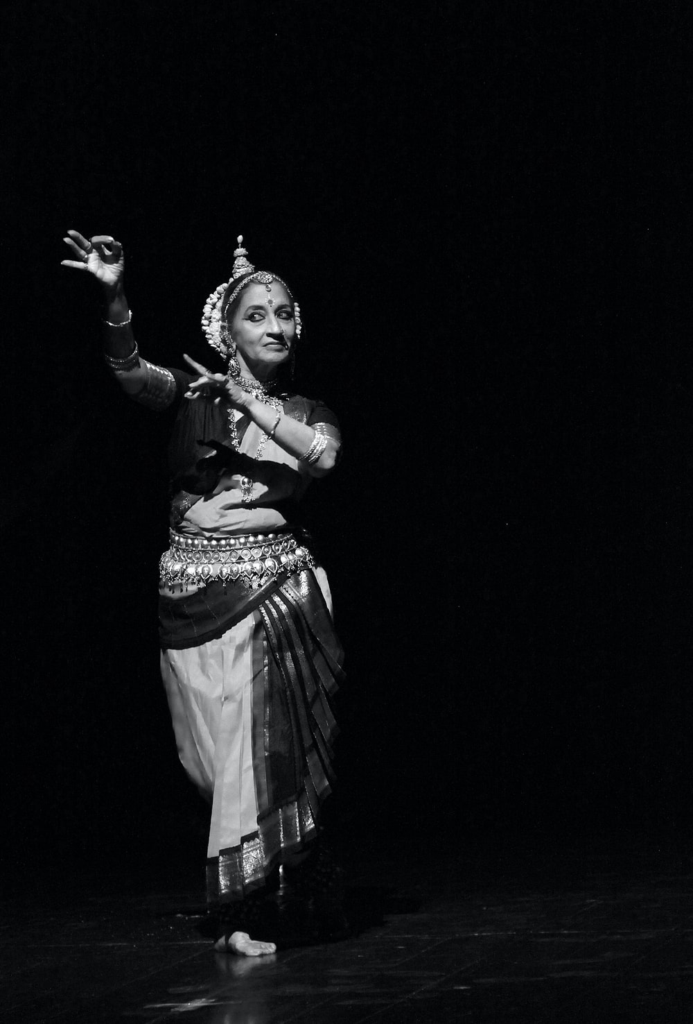 woman dancing traditional dance