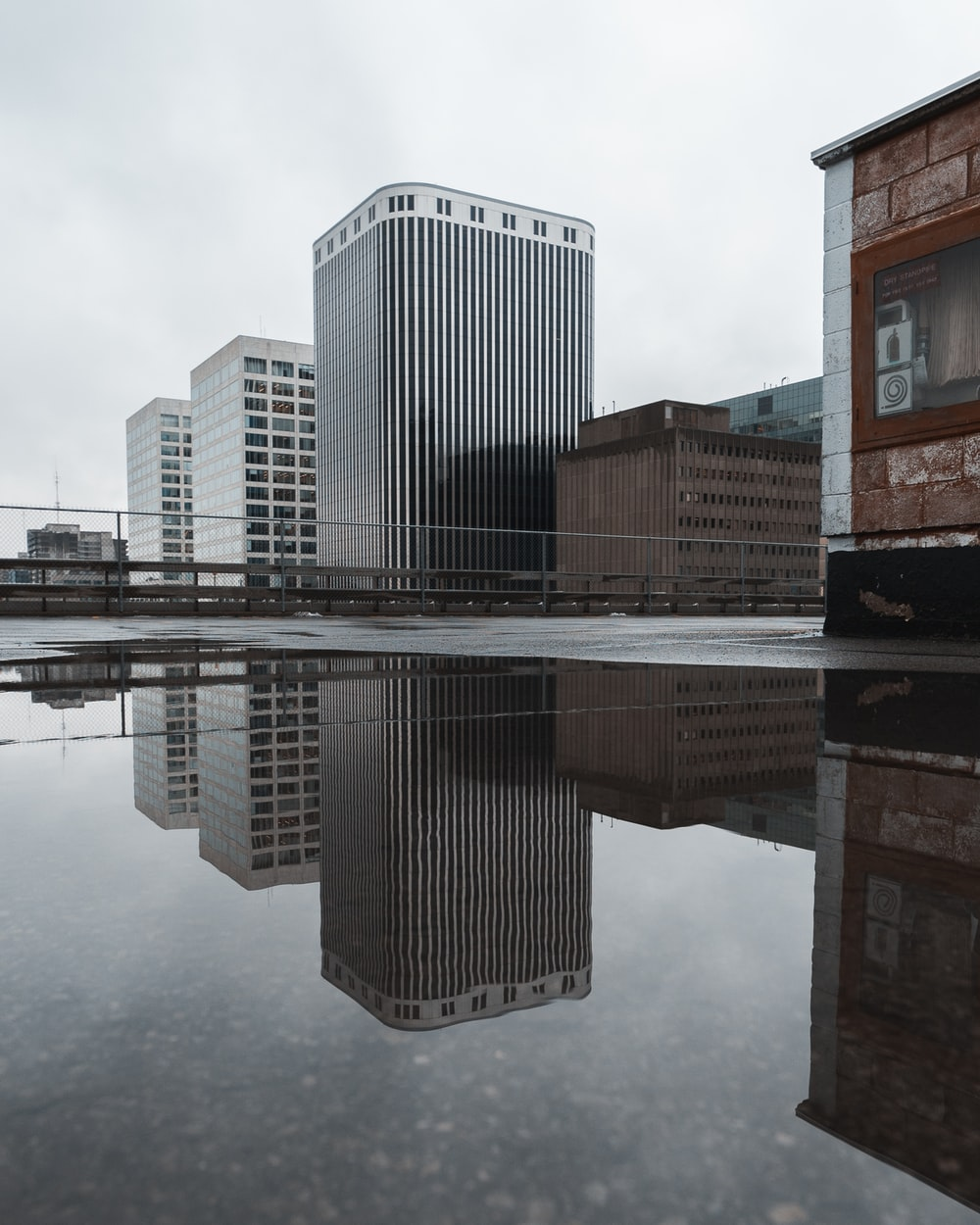 worm's eyeview of buildings