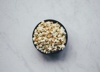popcorn inside black bowl